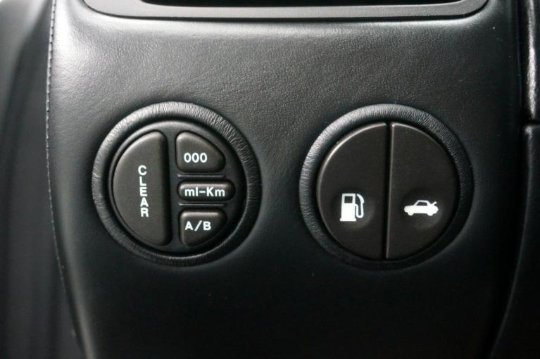 Used-2006-Aston-Martin-Vanquish-S