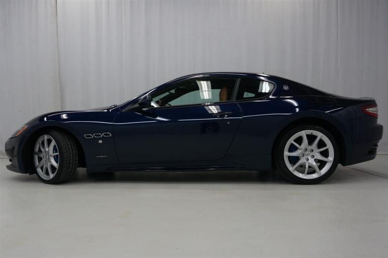 Used-2016-Maserati-GranTurismo-Sport