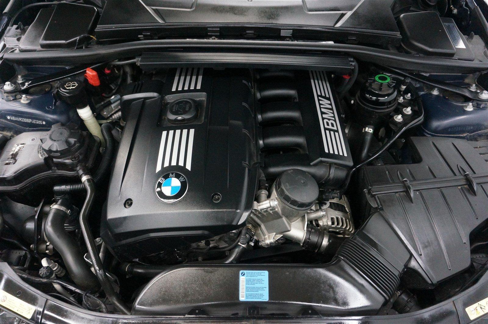 Used-2009-BMW-3-Series-328i