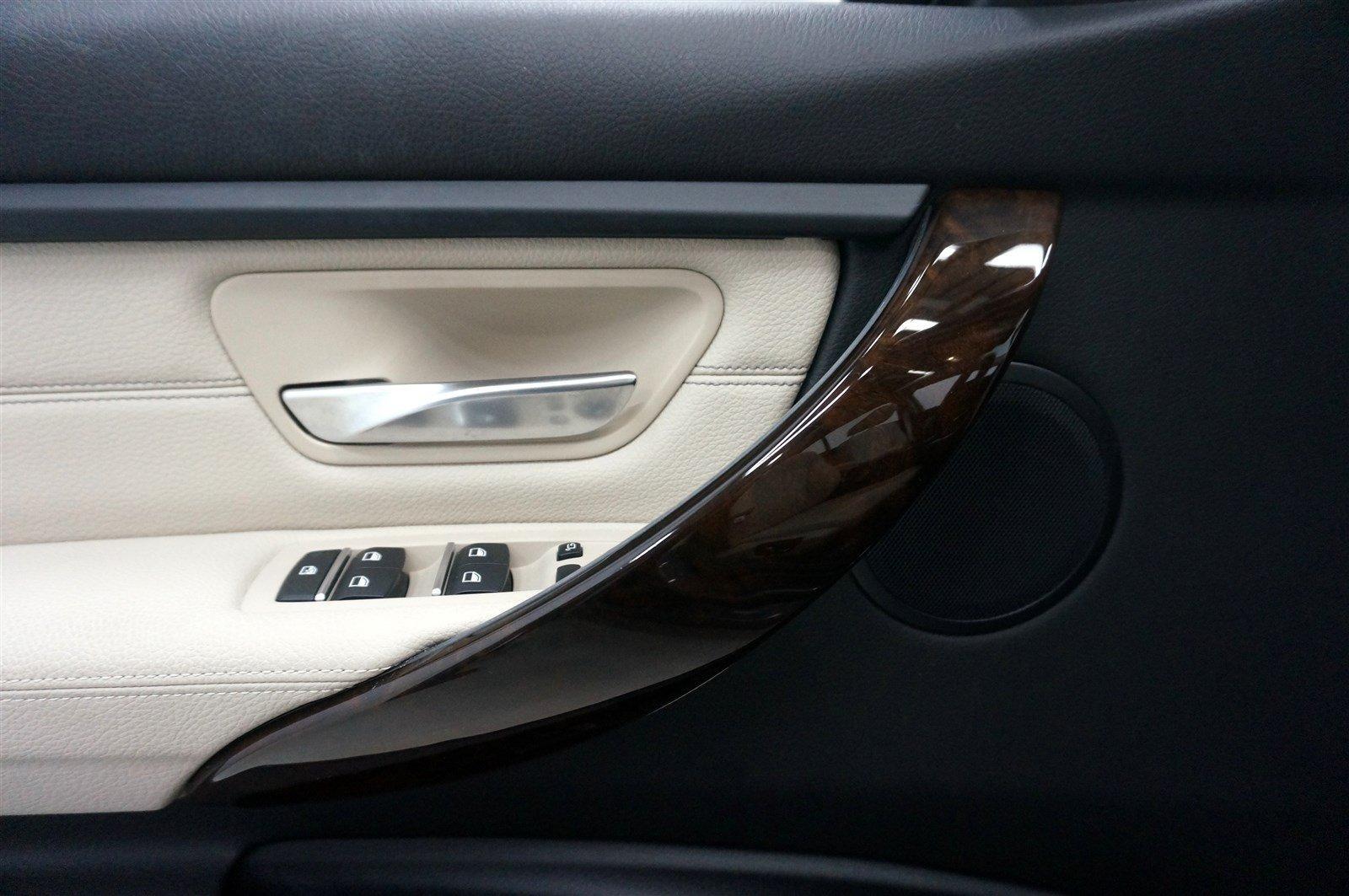 Used-2016-BMW-3-Series-320i-xDrive