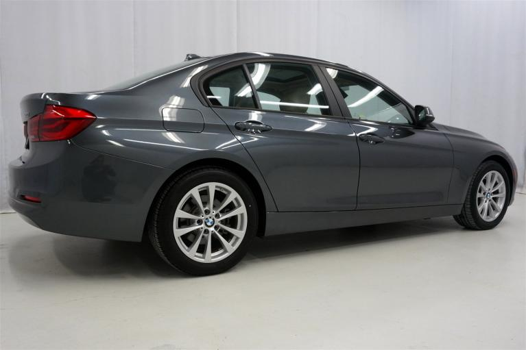 Used-2016-BMW-3-Series-320i-xDrive