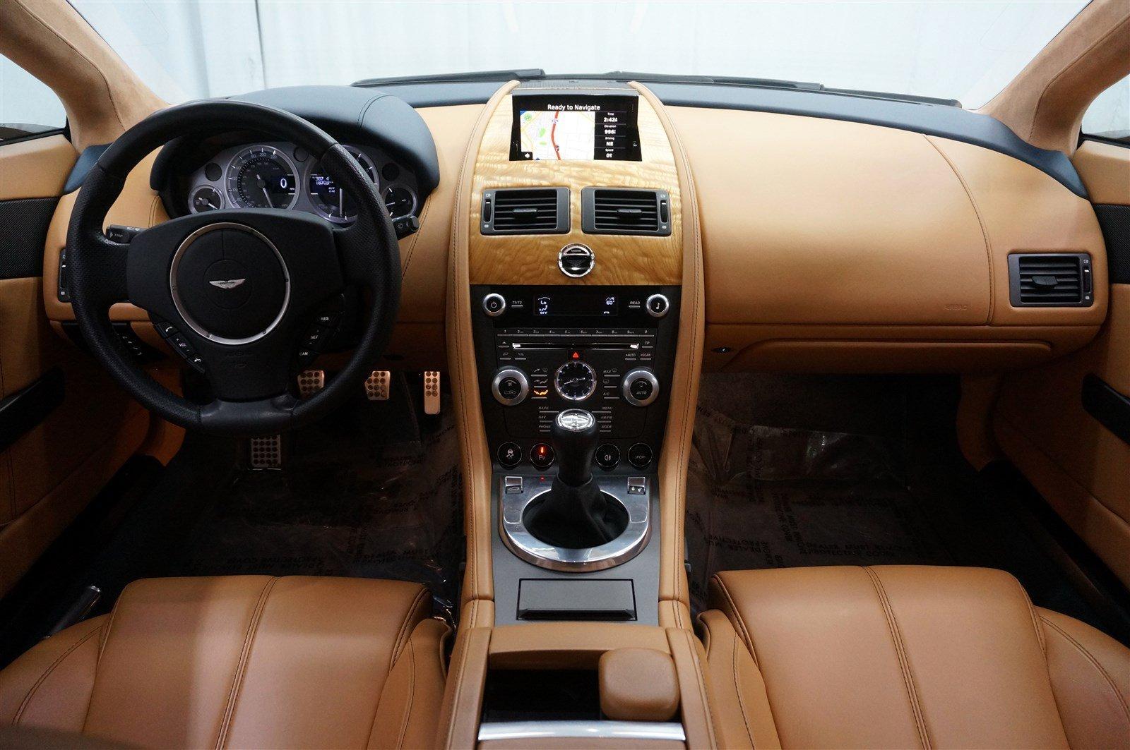 Used-2014-Aston-Martin-V8-Vantage