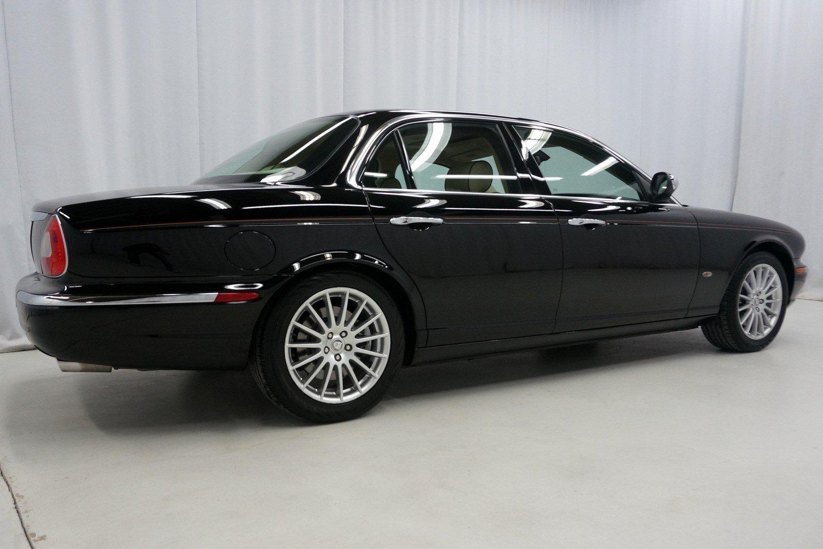 Used-2007-Jaguar-XJ-XJ8