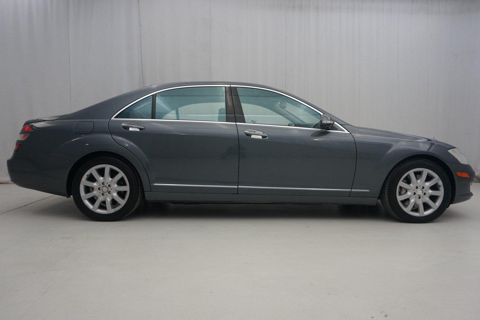 Used-2007-Mercedes-Benz-S550-4MATIC-55L-V8