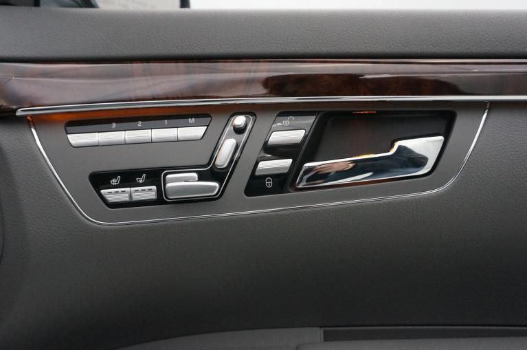 Used-2007-Mercedes-Benz-S550-4MATIC-55L-V8