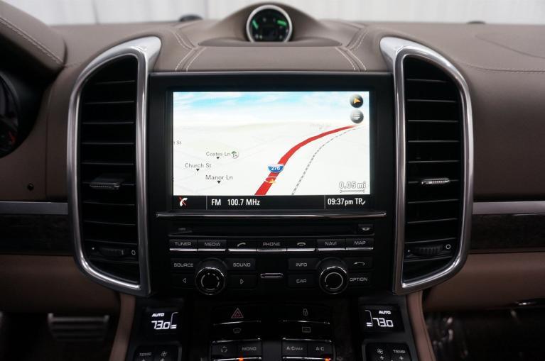 Used-2013-Porsche-Cayenne-Turbo