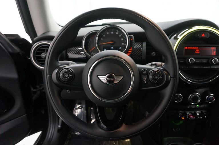Used-2014-MINI-Cooper-Hardtop-S