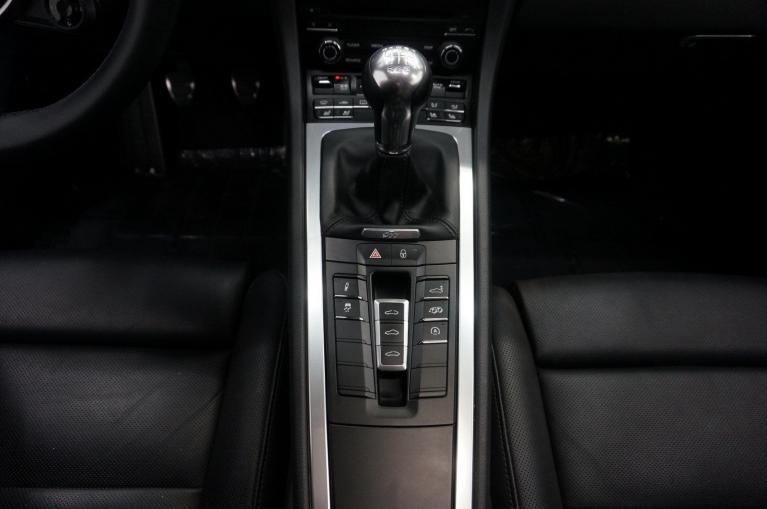 Used-2018-Porsche-911-Carrera