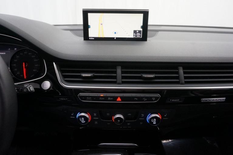 Used-2017-Audi-Q7-Premium-Plus
