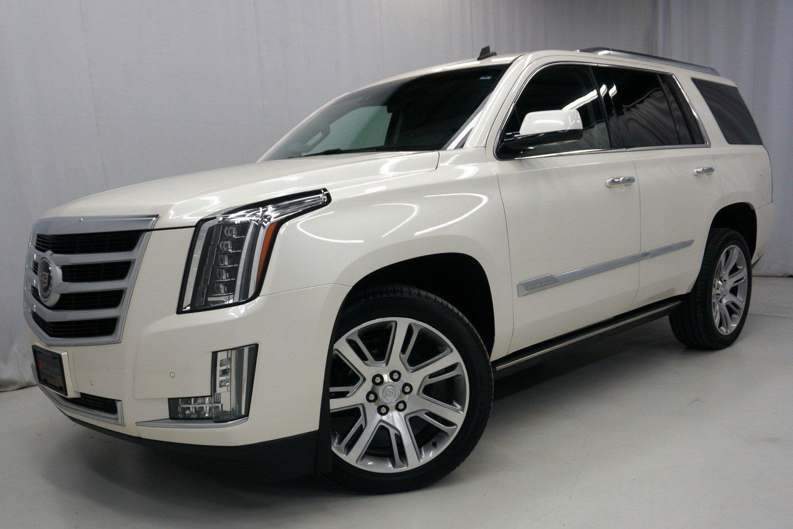 Used-2015-Cadillac-Escalade-Premium