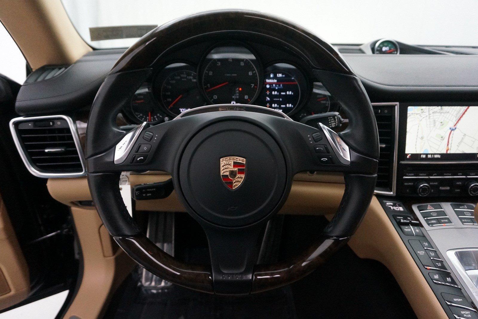 Used-2015-Porsche-Panamera-4