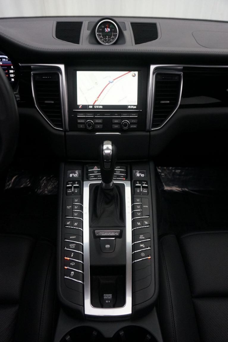 Used-2015-Porsche-Macan-Turbo