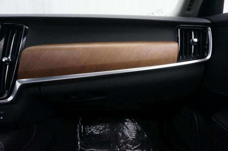 Used-2017-Volvo-S90-Inscription
