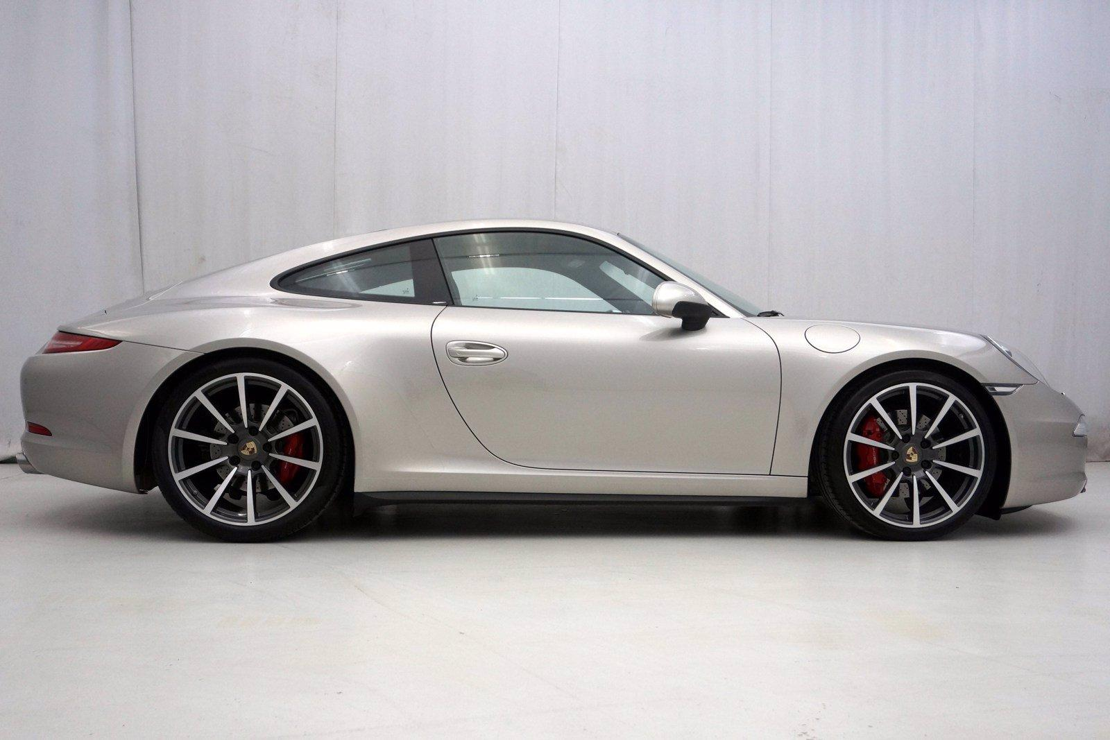 Used-2013-Porsche-911-Carrera-4S