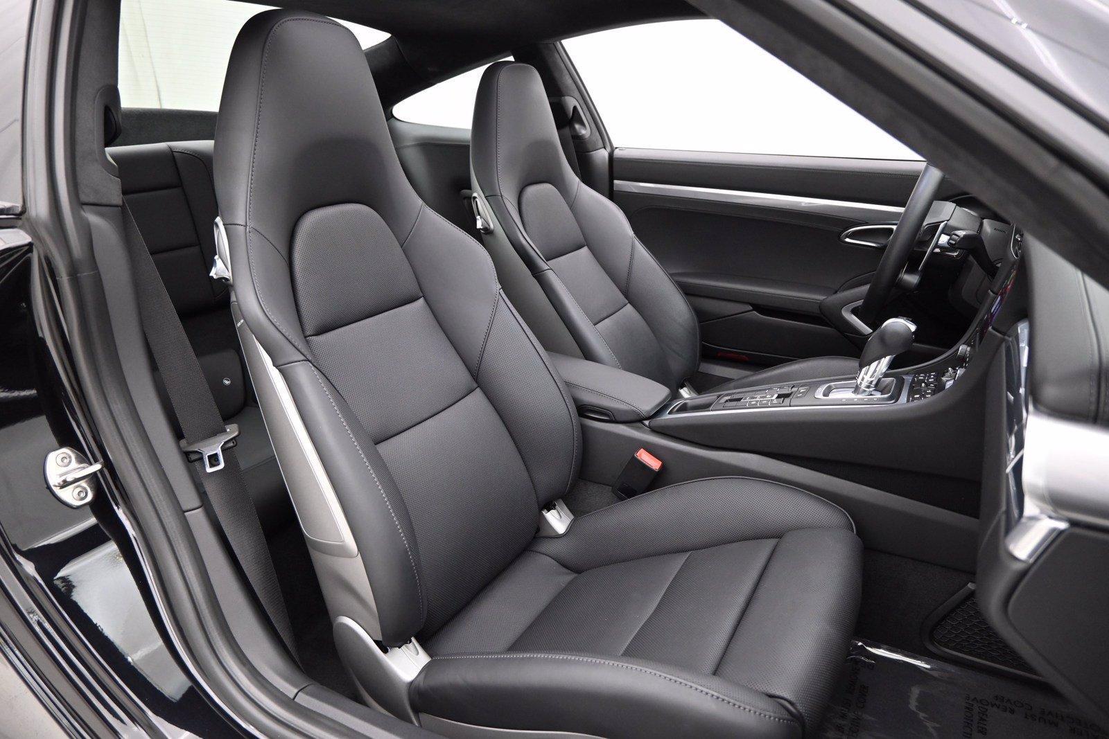 Used-2019-Porsche-911-Turbo