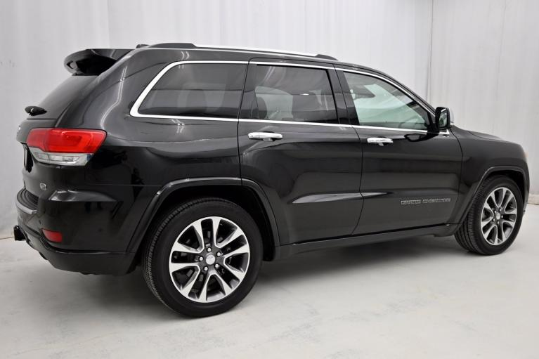 Used-2018-Jeep-Grand-Cherokee-Overland
