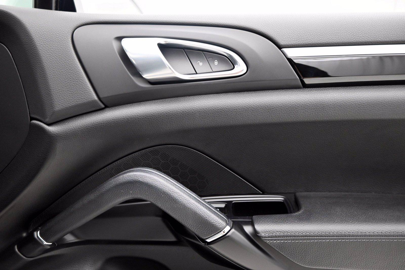 Used-2018-Porsche-Cayenne